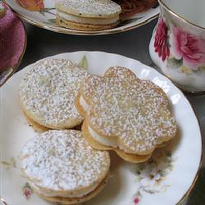 Lemon-Cream Sandwich Cookies
