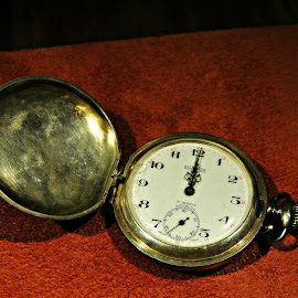 Pocket Watch by Tamsin Carlisle - Artistic Objects Antiques ( pocket watch, technology, dubai, fob watch, watch, deira, time piece, museum, brass,  )