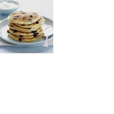 Almond and Blueberry Pancakes