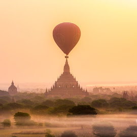 In the middle of Pagoda, Sunrise in Bagan by Krissanapong Wongsawarng - Landscapes Travel ( myanmar, sunrise, bagan )