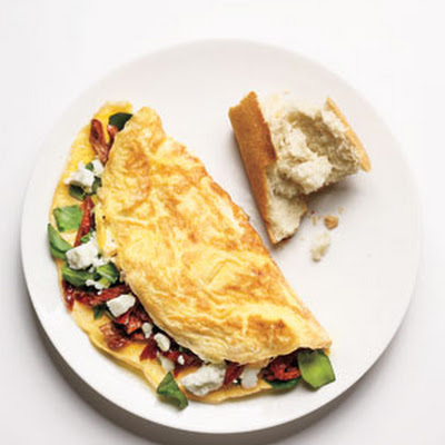 Spinach, Feta, and Sun-Dried Tomato Omelet