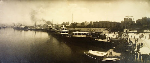 From the early 1840s until the 1880s, ships coming into Melbourne anchored in Hobsons Bay. Cargo was unloaded onto 'lighters' (small boats), which then went up the Yarra River to wharves such as Queen's Wharf on the riverbank at Flinders Street near the site of today's Immigration Museum.c. 1910