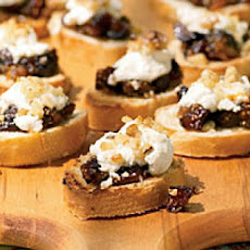 Warm Goat Cheese Toasts with Rosemary, Walnuts, and Honey