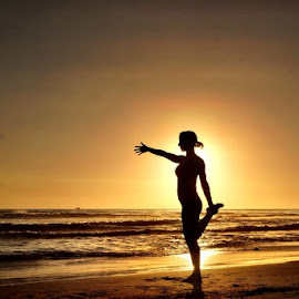 Sun Sil by Lori Fix - People Street & Candids (  )