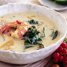 Oriental but Christmassy prawn soup