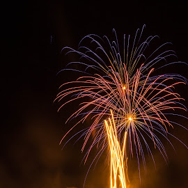 Love Fireworks ! by Daniel MV - Abstract Fire & Fireworks ( sky, red, blue, fireworks, night, light )
