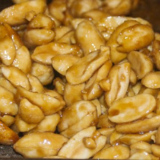 Sweet and Salty Maple Peanuts