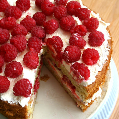 Raspberry and Cream Cake