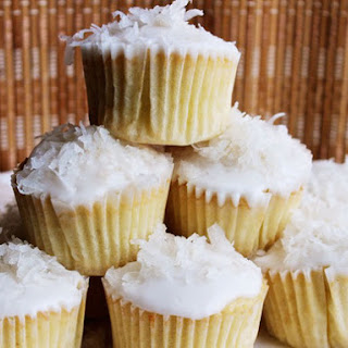 Easy Coconut Cupcakes