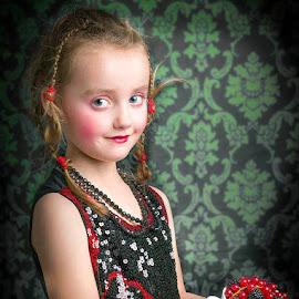 by Gary Lee - Babies & Children Child Portraits