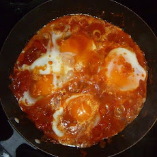 Uncle Arje's Shakshuka (Eggs poached in Tomato Sauce)