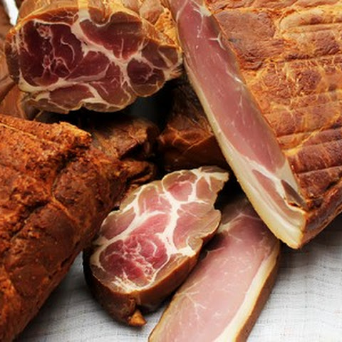Smoked bacon and other meats. Make them at home.