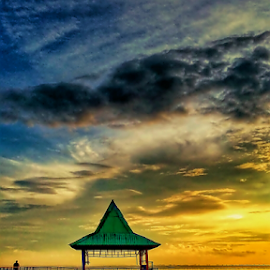 sunrise on the beach Kenjeran by Herry (Himura Kenshin) - Instagram & Mobile Android