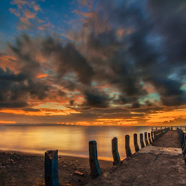 KURANJI LOMBOK INDONESIA by Azwar Mahfudz - Landscapes Cloud Formations
