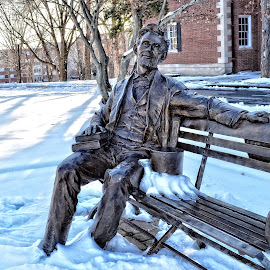 Abraham Lincoln and Snowy Day in Kentucky by Gregg Rich - Buildings & Architecture Statues & Monuments ( lincoln, snow, kentucky,  )