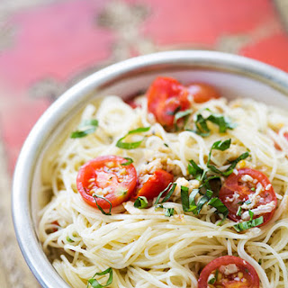 Angel Hair Pasta with Clams, Cherry Tomatoes, and Basil