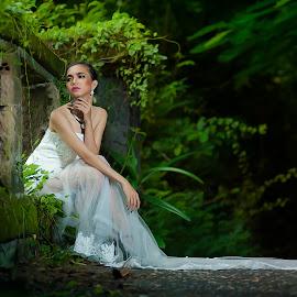 Can't Wait too Long by Amin Basyir Supatra - Wedding Bride ( love, bali, prewedding, wedding, white, beauty, bride )