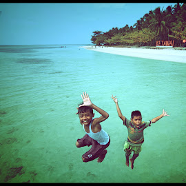 anak pulau ketawai by Priyo Kliktography - Babies & Children Child Portraits
