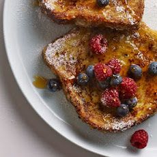 Classic French Toast with Berries