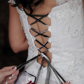 Tie me up by Lood Goosen (LWG Photo) - Wedding Getting Ready ( love, kiss, married, wedding, hitch, getting ready, couple, bride and groom, marriage )