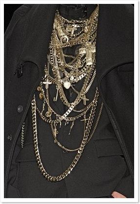 Givenchy_close-up_00010m
