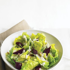 Salad with Beets and Yogurt Dressing