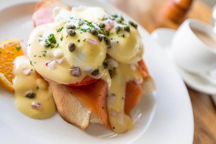Smoked Salmon Eggs Benedict Recipe | Yummly