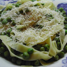 Fresh Pasta and Peas