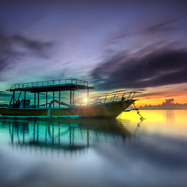 The Light Flare by Ade Irgha - Transportation Boats ( explore bali, airimagebali.com, beach, sunrise, boat )