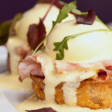 Classic Canadian Bacon Eggs Benedict Recipe
