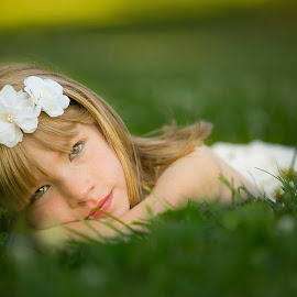 Enjoying spring by Steve Corley - Babies & Children Child Portraits ( natural light, on location, blonde hair, grass, portraits, spring )