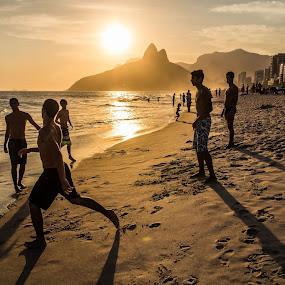Rio de Janeiro.Praia do Ipanema. by Javier De La Torre - Landscapes Beaches