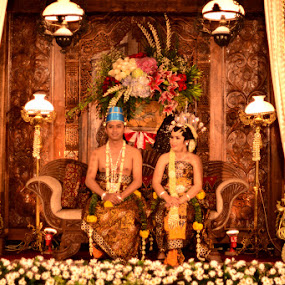Javanese Wedding Party by Krishna Murti - Wedding Reception ( wedding, indonesia, java, central, culture )