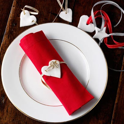Peppermint & Rose Cream Napkin Decorations
