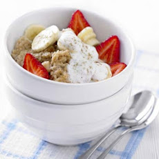 Cinnamon Porridge With Banana & Berries