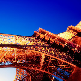 Effel Tower by Greg Brzezicki - Buildings & Architecture Public & Historical ( paris, tower, eiffel, monument, city )