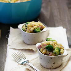 Cheesy Broccoli and Ham Rotini