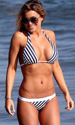 Carmen Electra bikini candids