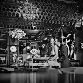 LOVE RECIPE by Mihaela Tulea - Wedding Bride & Groom ( sedinte foto, black and white, mihaela tulea, fotograf profesionist nunta, valentin tulea, nunta, alb negru )