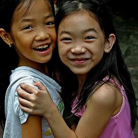 Hanoi, Vietnam.8.10.2005 by Helmut Schadt - Babies & Children Children Candids (  )