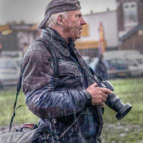 by Eddie Leach - People Professional People ( , photographers, taking a photo, photographing, photographers taking a photo, snapping a shot )