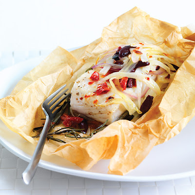 Parchment-Baked Halibut with Fennel, Red Onions & Olives