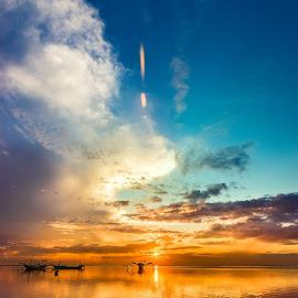 Sanur by Yossy Ryananta - Landscapes Sunsets & Sunrises ( reflection, color, cloud, beach, sunrise )