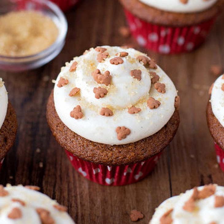 Gingerbread Cupcakes with Cinnamon Cream Cheese Frosting Recipe ...