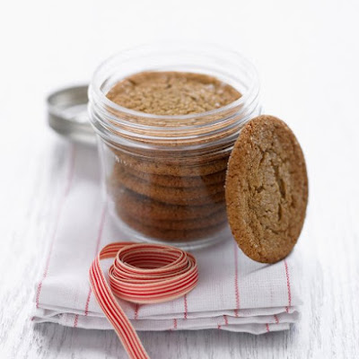 Chewy Molasses-Spice Cookies