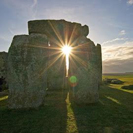 Sunrise at Stonehenge by Richard Bradshaw - Buildings & Architecture Statues & Monuments ( sunburst, stonehenge, starburst, sunrise, landscape, lichen, shadows. lowlight. orbs )