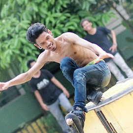 skate by Cuncun Wijaya - Sports & Fitness Other Sports