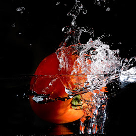 Tomato+Splash by Sarath Sankar - Food & Drink Fruits & Vegetables