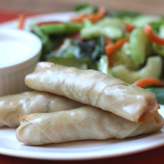 Baked Spring Rolls with Chicken and Ranch Dip