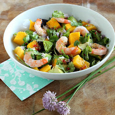 Prawn, Avocado & Mango Salad with Thai Dressing